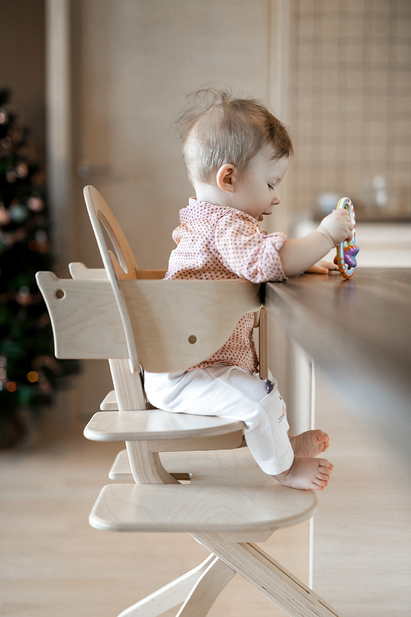 Contemporary plywood high chair from the birch, bleached